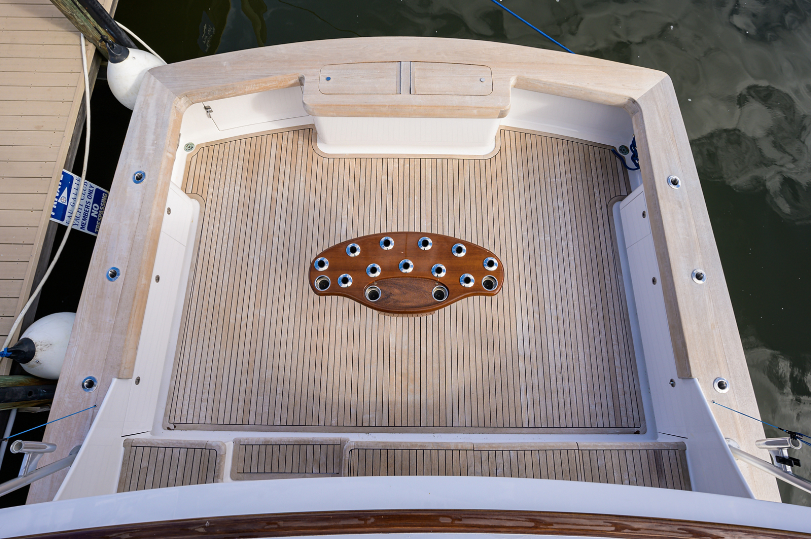 Sunny Briggs-Custom Sportfisherman 2000-Guajiro Stuart-Florida-United States-Cockpit-1578903 | Thumbnail