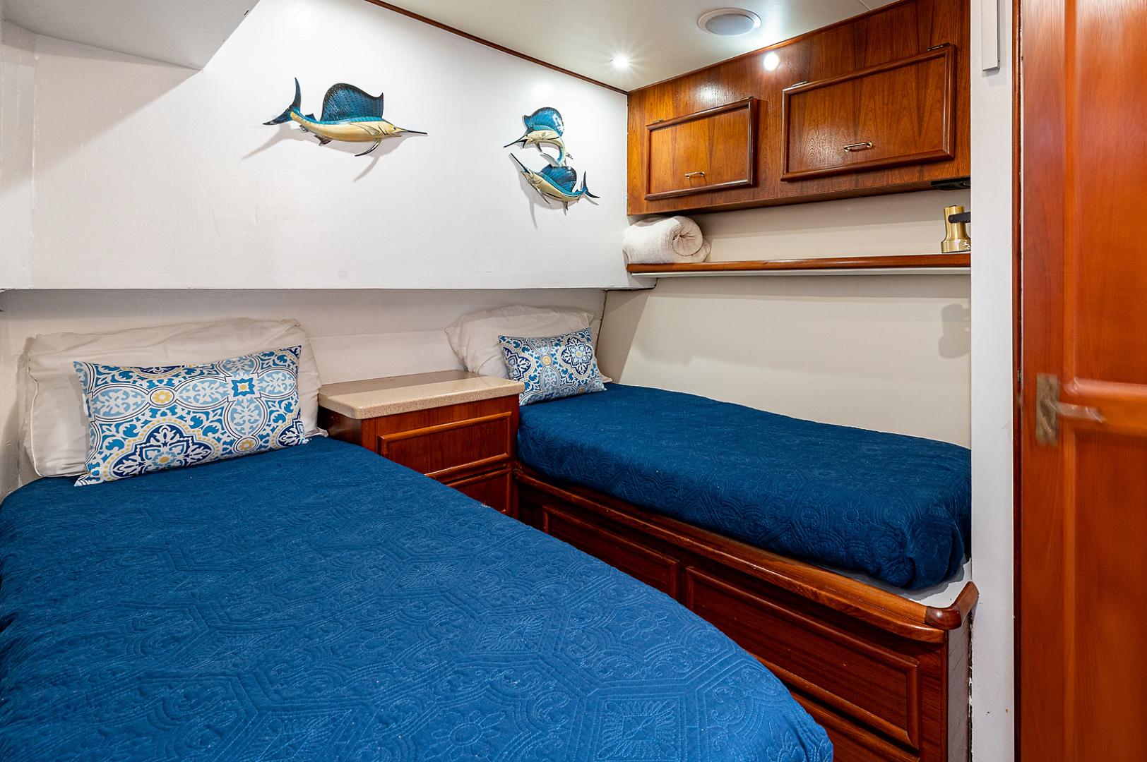 Ocean Yachts-Super Sport 1990-Blue Ridge Runner Stuart-Florida-United States-VIP Stateroom-1598110 | Thumbnail