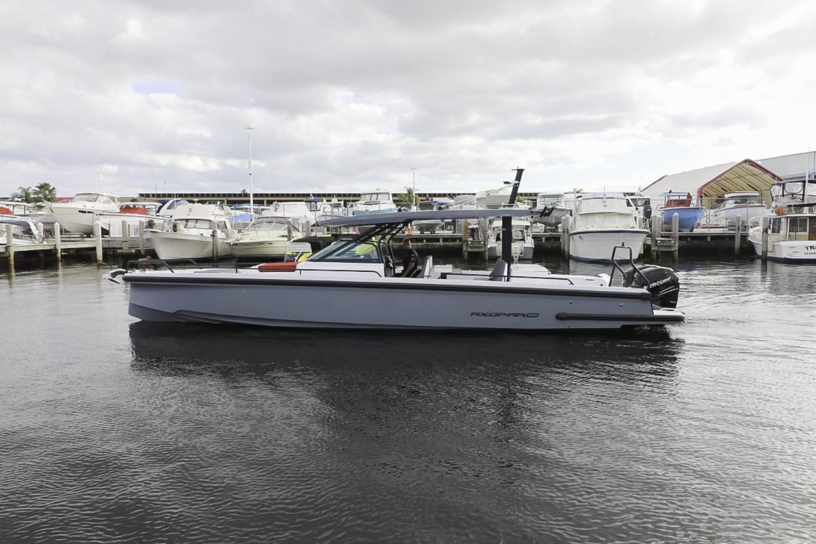 Axopar-37 Sun Top Revolution 2021 -Tampa Bay-Florida-United States-1580161 | Thumbnail