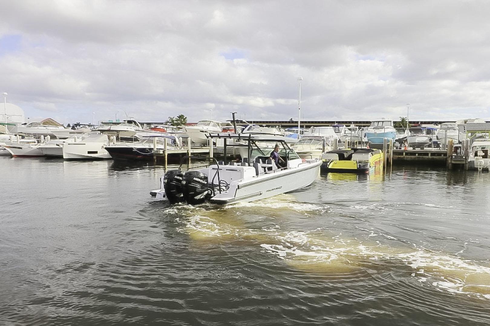 Axopar-37 Sun Top Revolution 2021 -Tampa Bay-Florida-United States-1580165 | Thumbnail
