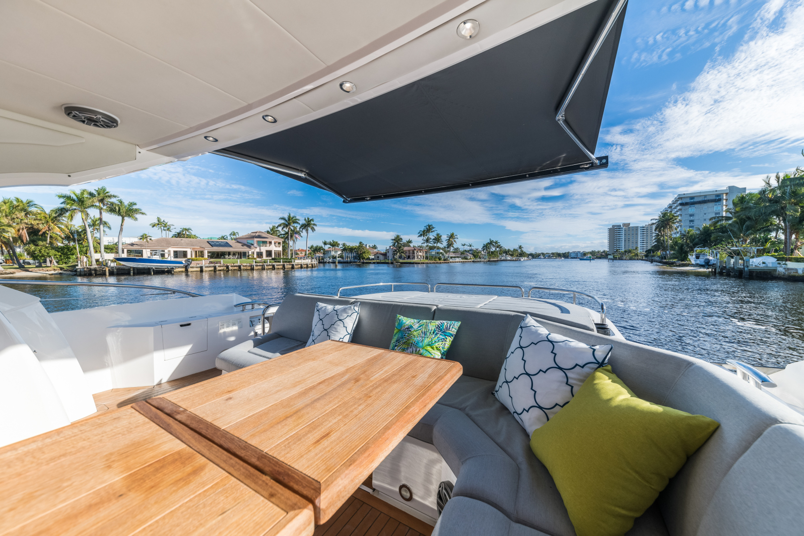 Sunseeker-Predator 2016-Wired Up Fort Lauderdale-Florida-United States-Aft Dek Seating-1585646 | Thumbnail