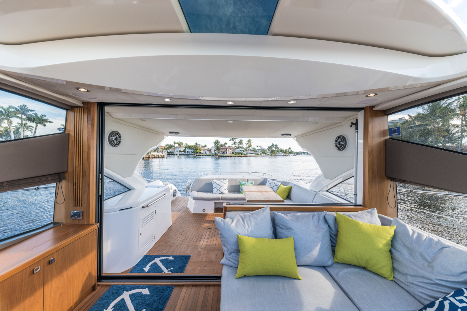Sunseeker-Predator 2016-Wired Up Fort Lauderdale-Florida-United States-Salon Facing Aft-1585655 | Thumbnail