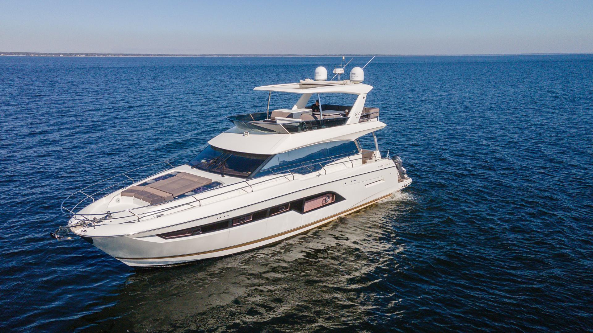 Prestige-630 Flybridge 2017-Intrepide DLC DESTIN-Florida-United States-2017 63 Prestige 630FB   Profile Port Qtr Bow (2)-1604486 | Thumbnail