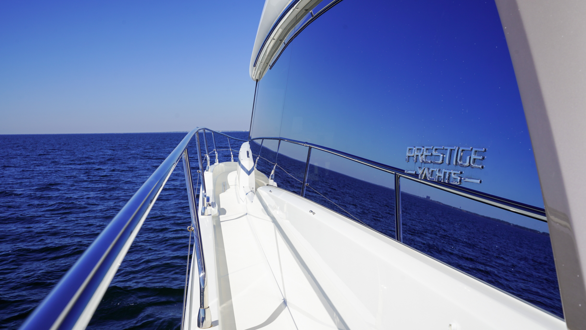 Prestige-630 Flybridge 2017-Intrepide DLC DESTIN-Florida-United States-2017 63 Prestige 630FB   Walkway (1)-1604499 | Thumbnail