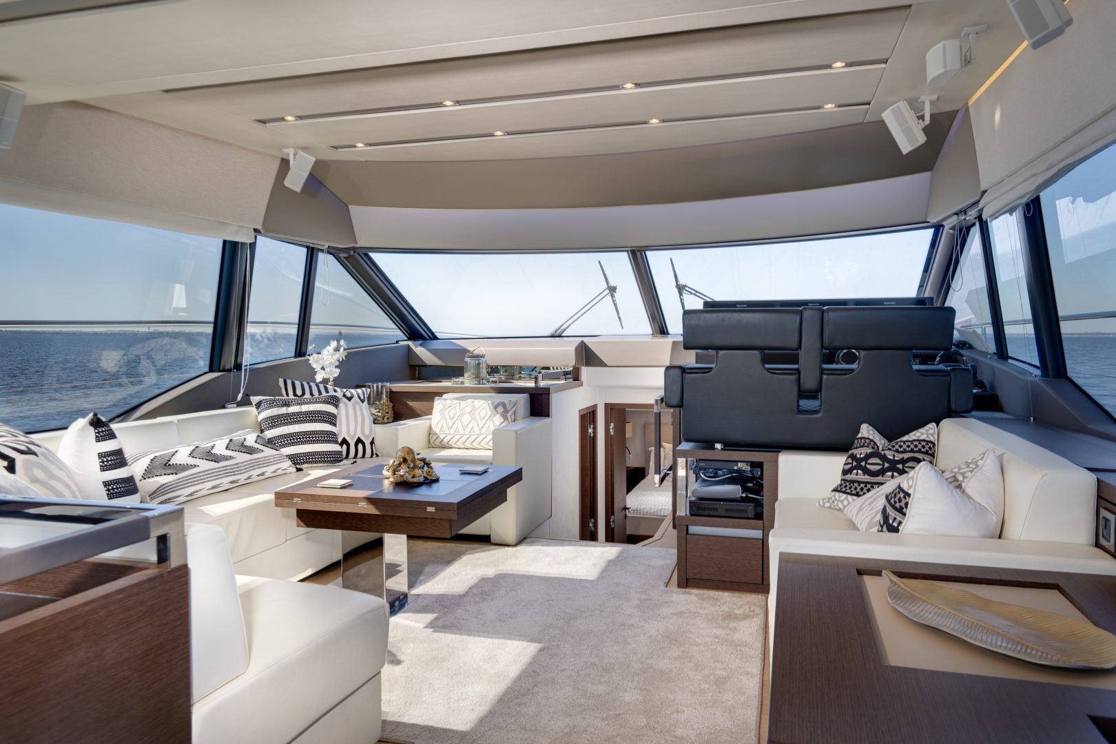 Prestige-630 Flybridge 2017-Intrepide DLC DESTIN-Florida-United States-2017 63 Prestige 630FB   Salon (2)-1604434 | Thumbnail
