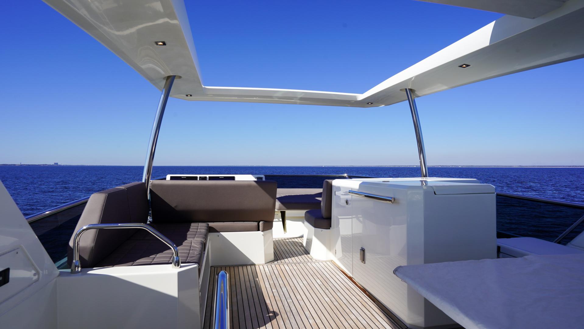 Prestige-630 Flybridge 2017-Intrepide DLC DESTIN-Florida-United States-2017 63 Prestige 630FB   FB Wetbar-1604467 | Thumbnail