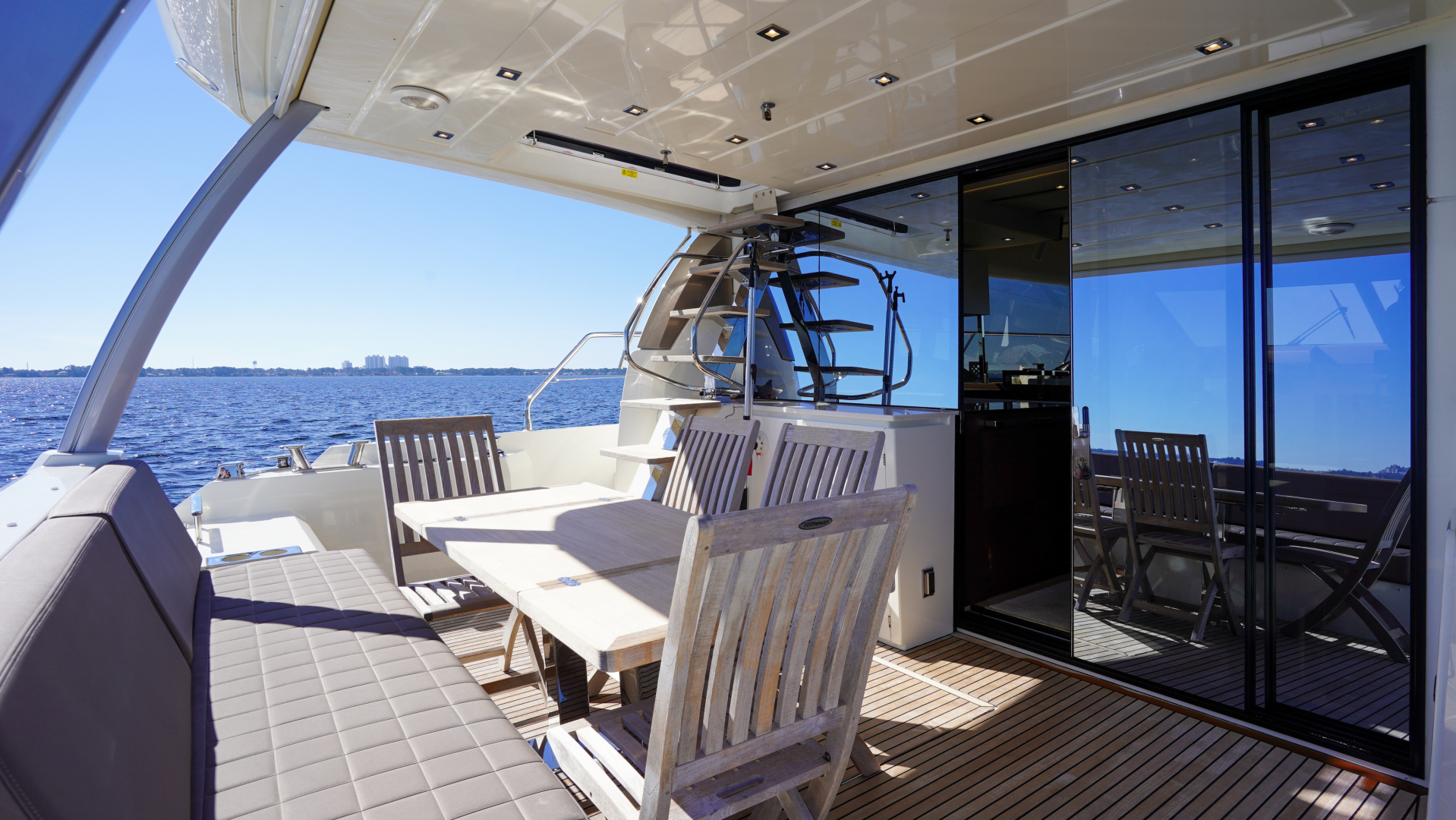 Prestige-630 Flybridge 2017-Intrepide DLC DESTIN-Florida-United States-2017 63 Prestige 630FB   Cockpit-1604478 | Thumbnail