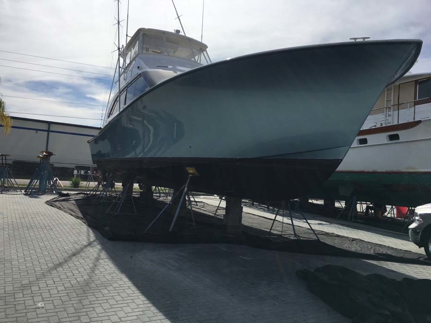 Ocean Yachts-Super Sport 1998-MJs Cape May-New Jersey-United States-On the Hard-1586529 | Thumbnail
