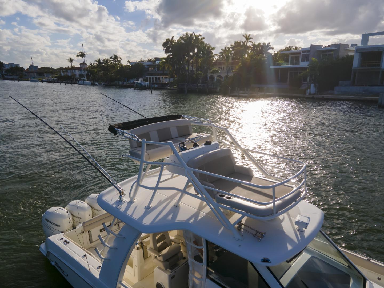 Boston Whaler-420 Outrage 2016 -Miami Beach-Florida-United States-1589447   Thumbnail