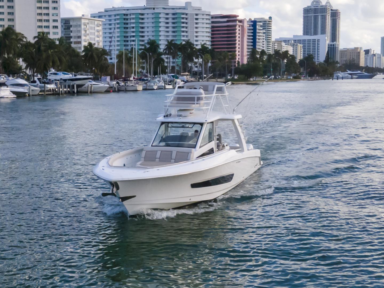 Boston Whaler-420 Outrage 2016 -Miami Beach-Florida-United States-1589448   Thumbnail