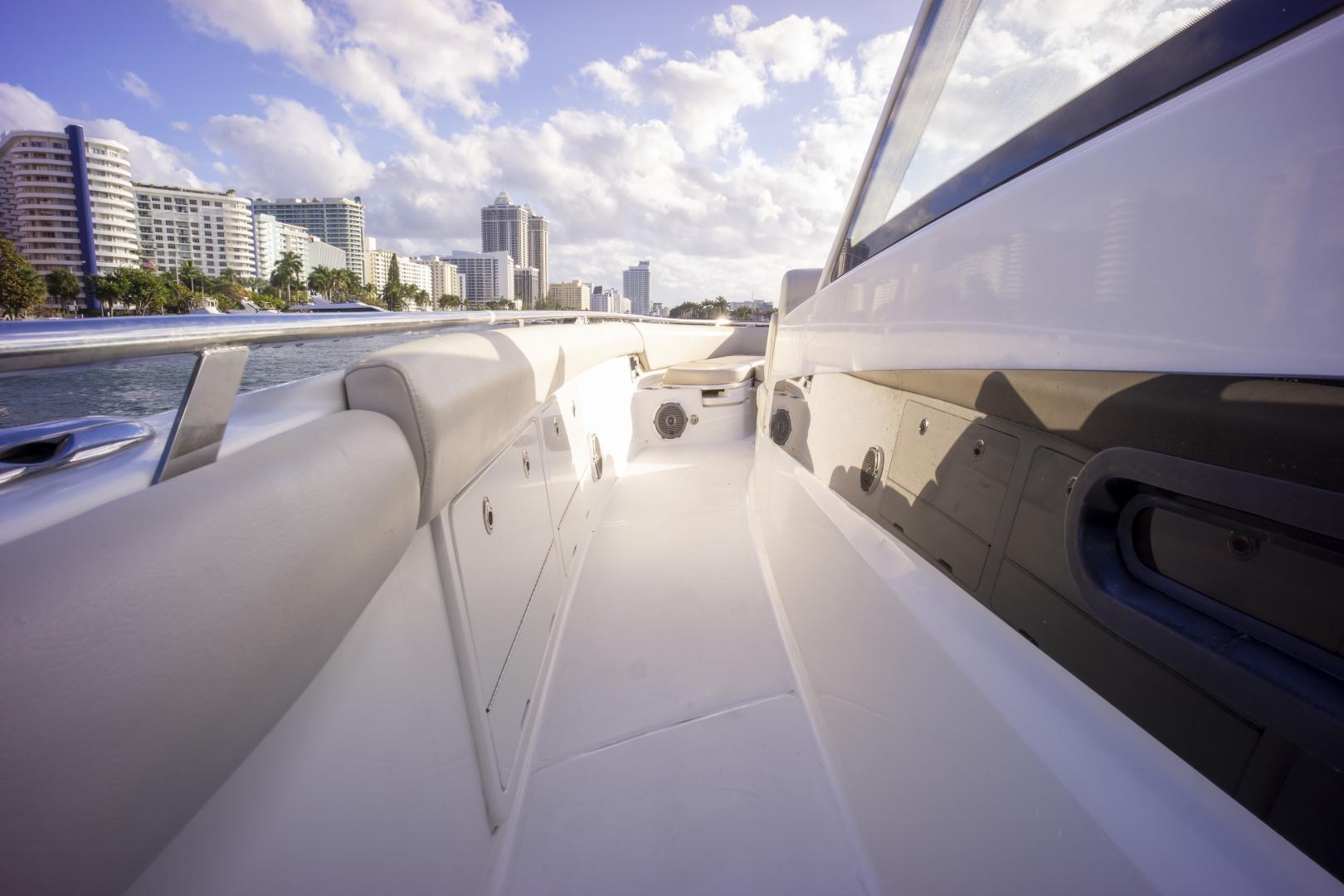 Boston Whaler-420 Outrage 2016 -Miami Beach-Florida-United States-1589457   Thumbnail