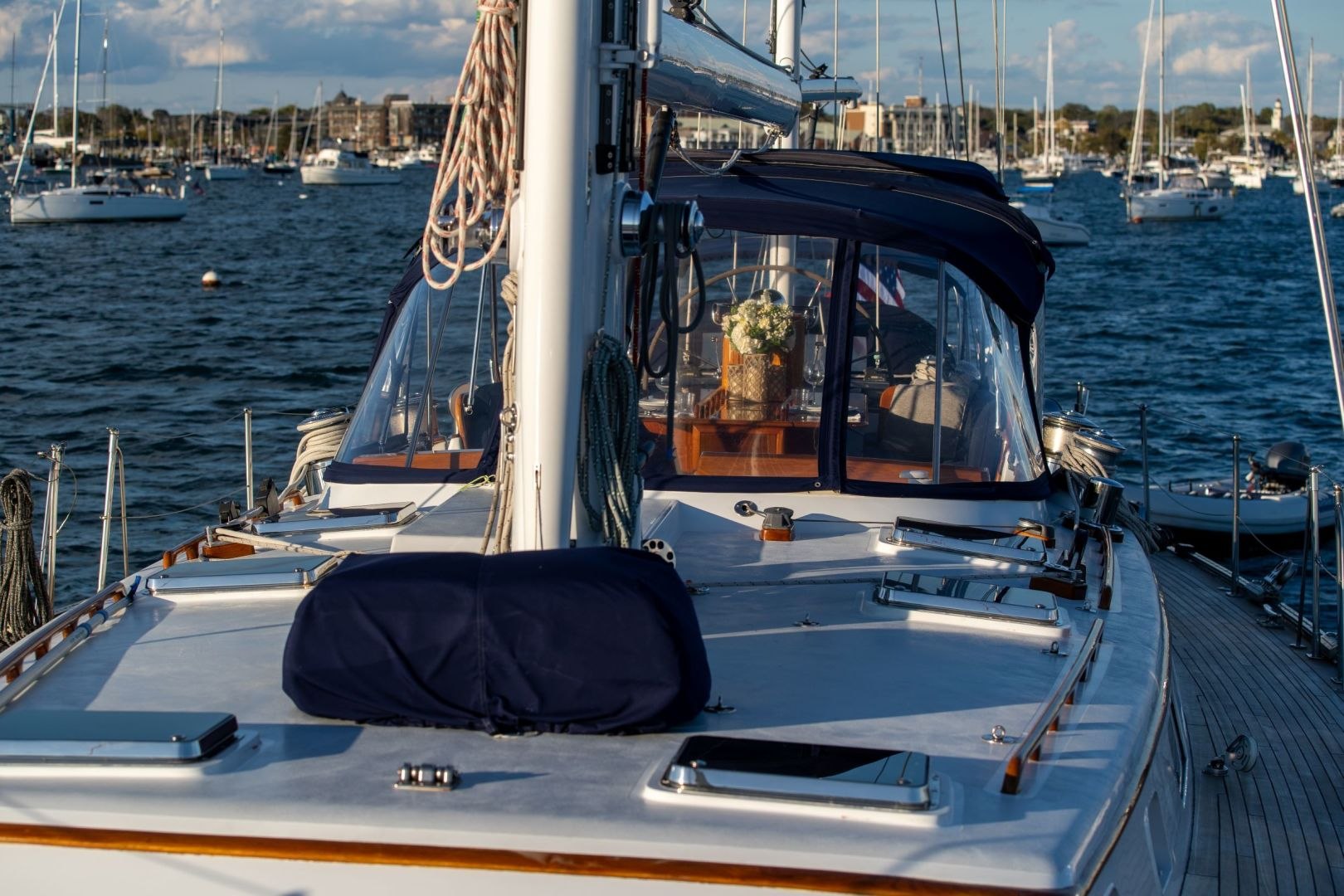 Little Harbor 1984-HERMIE LOUISE Fort Lauderdale-Florida-United States-Foredeck-1592523 | Thumbnail