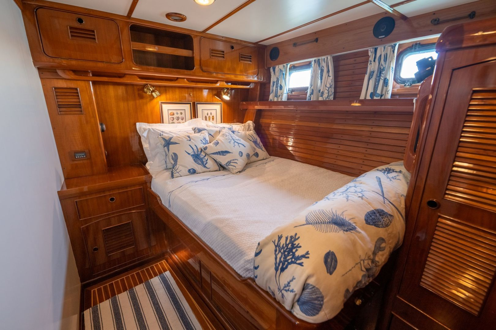 Little Harbor 1984-HERMIE LOUISE Fort Lauderdale-Florida-United States-Guest Cabin Port-1592526 | Thumbnail