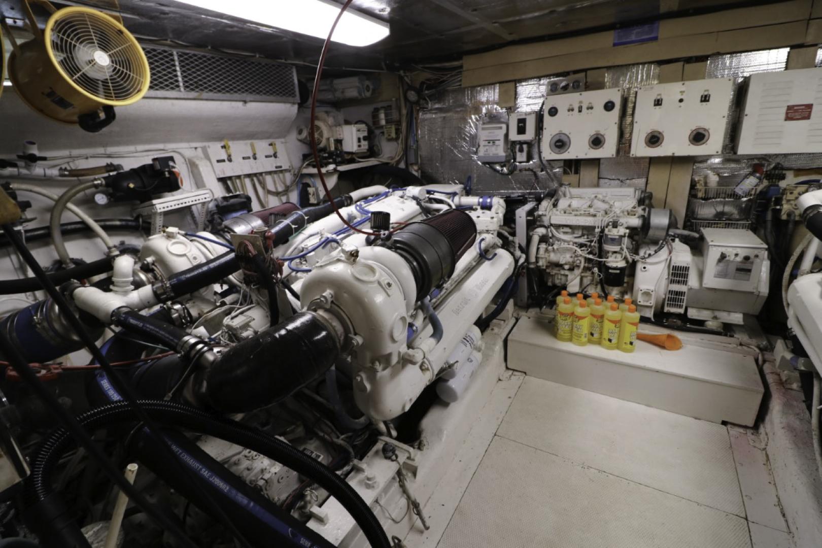 Viking-70 Cockpit Motor Yacht 1988 -Fort Lauderdale-Florida-United States-1593800   Thumbnail