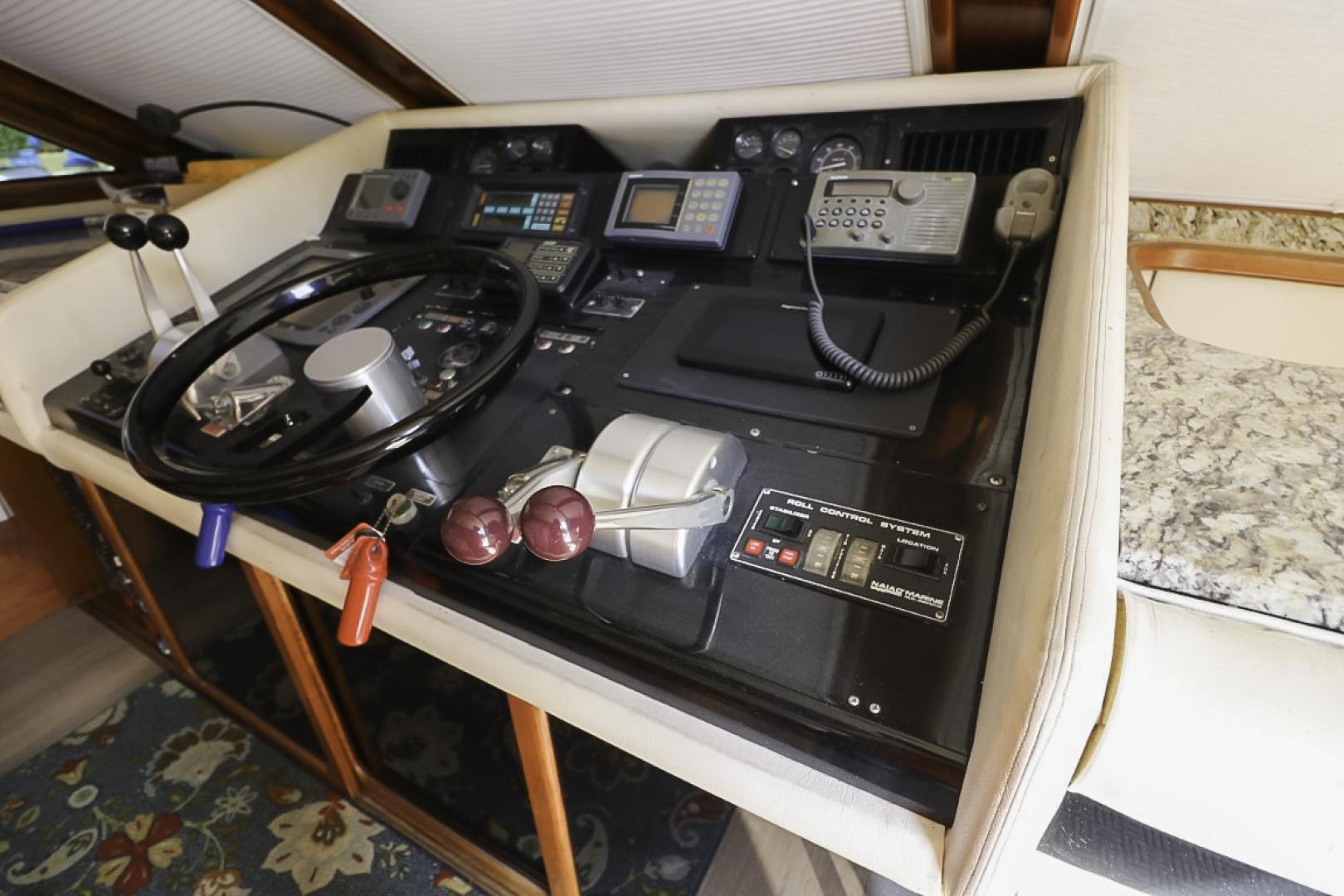 Viking-70 Cockpit Motor Yacht 1988 -Fort Lauderdale-Florida-United States-1593835   Thumbnail