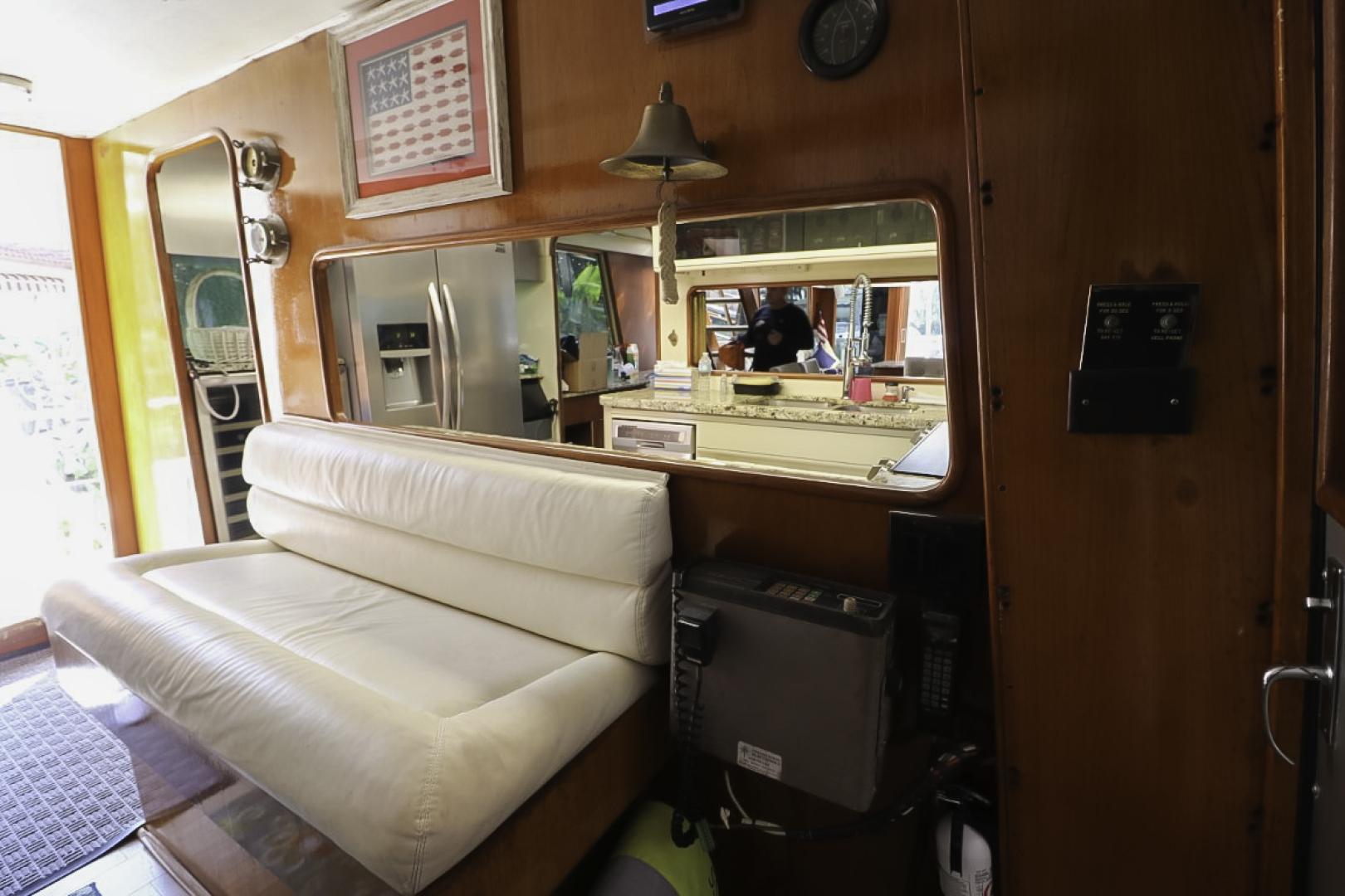 Viking-70 Cockpit Motor Yacht 1988 -Fort Lauderdale-Florida-United States-1593838   Thumbnail