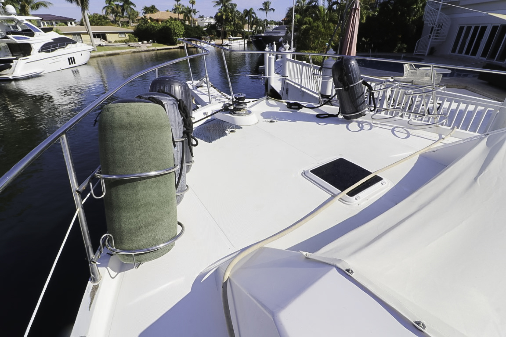 Viking-70 Cockpit Motor Yacht 1988 -Fort Lauderdale-Florida-United States-1593859   Thumbnail
