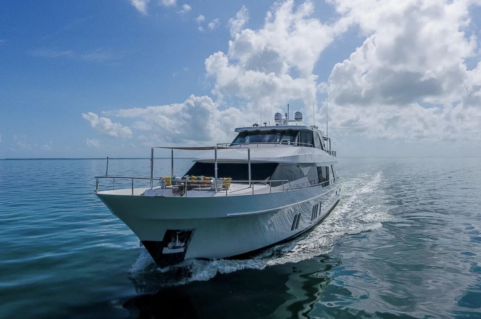 Ocean Alexander-100 Skylounge 2016-Sea N Sea Naples-Florida-United States-Front View-1596365 | Thumbnail