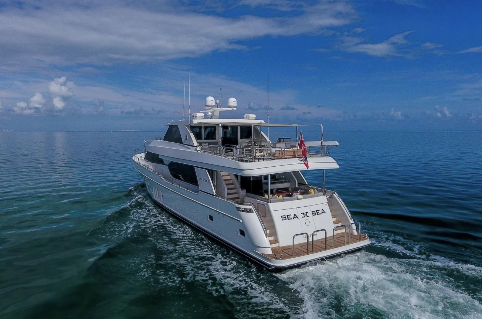 Ocean Alexander-100 Skylounge 2016-Sea N Sea Naples-Florida-United States-Stern View-1596366 | Thumbnail