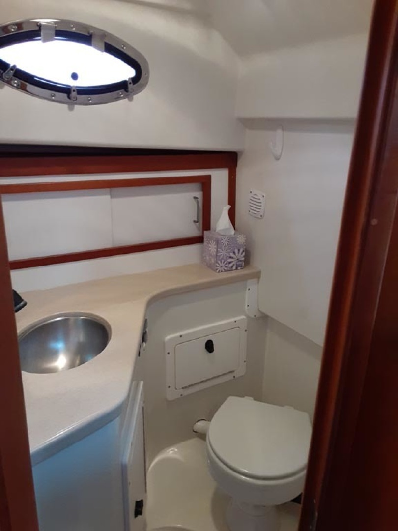 Back Cove-Express 2007-Patronus Cape Coral-Florida-United States-Head Shower Stall-1596413 | Thumbnail