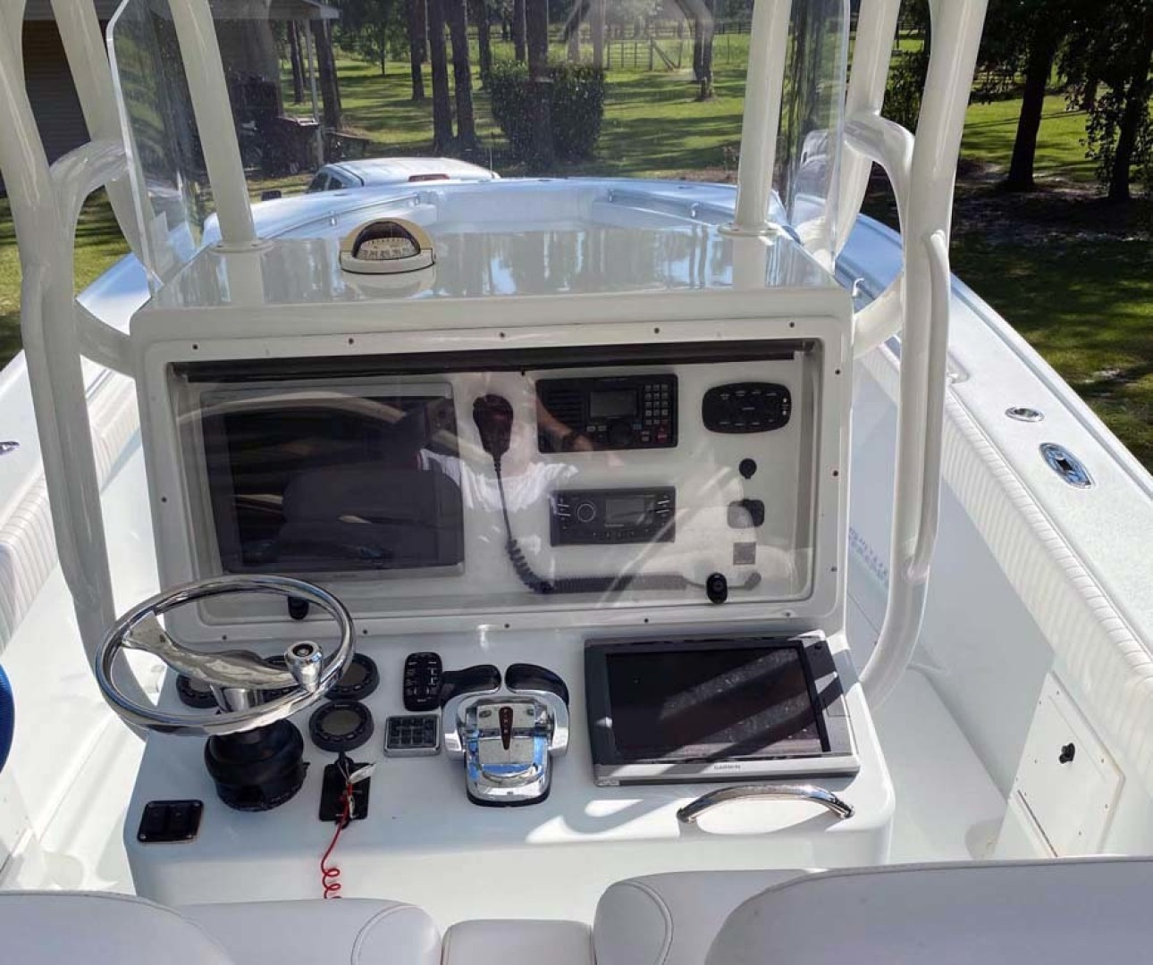 Yellowfin-Center Console 2005-Depth Collector Lenox-Georgia-United States-Helm-1598800 | Thumbnail