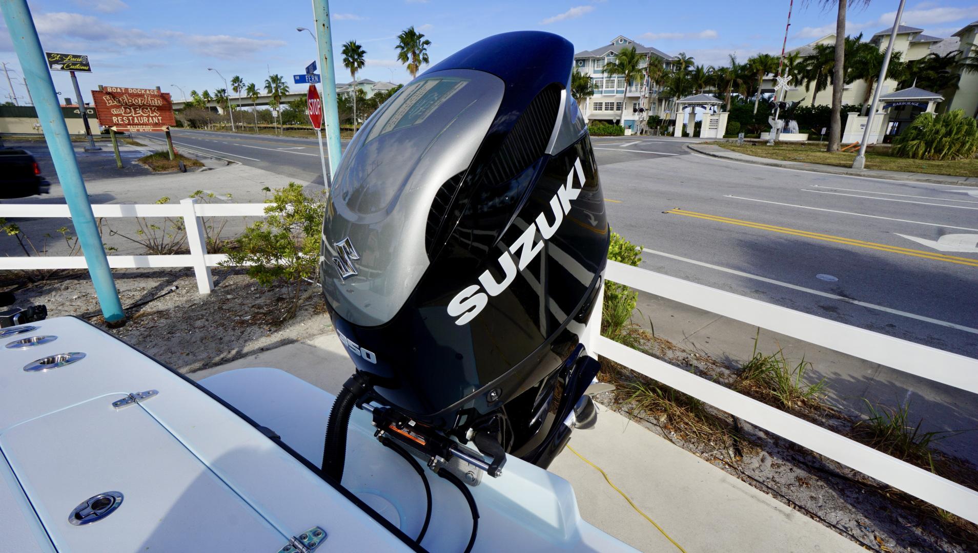 Stoner-Center Console 2019 -Stuart-Florida-United States-1599007 | Thumbnail