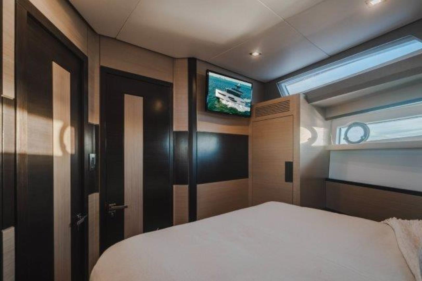 Okean-Flybridge 2019-VEDGE Miami-Florida-United States-VIP Stateroom-1600177 | Thumbnail