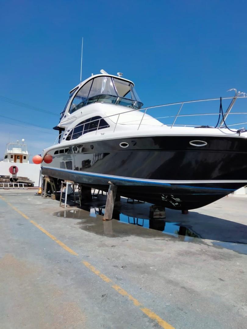 Sea Ray 52 - Abinig - Haulout