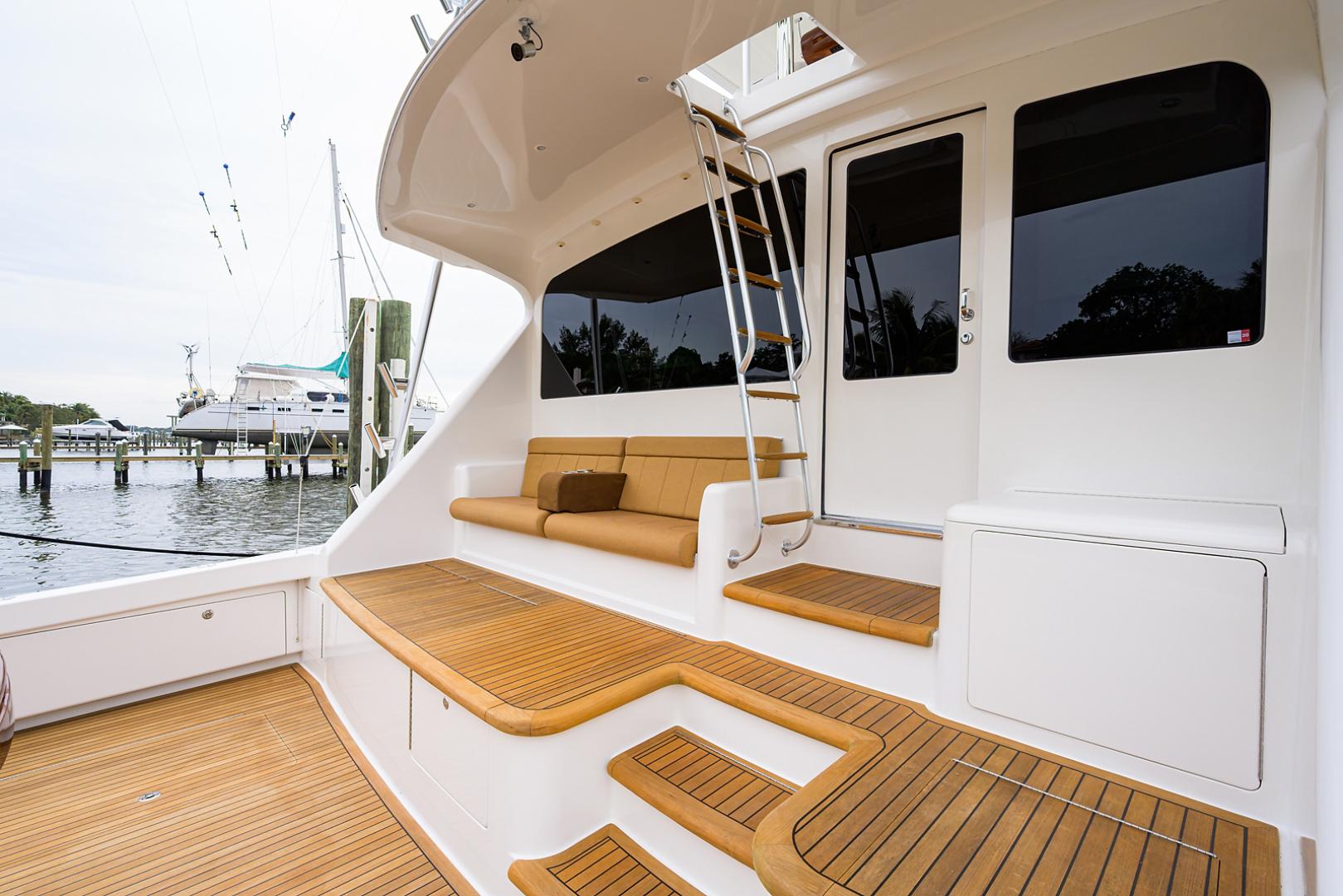 Viking-Convertible  2010-RITE ANGLER Stuart-Florida-United States-Cockpit-1601785 | Thumbnail