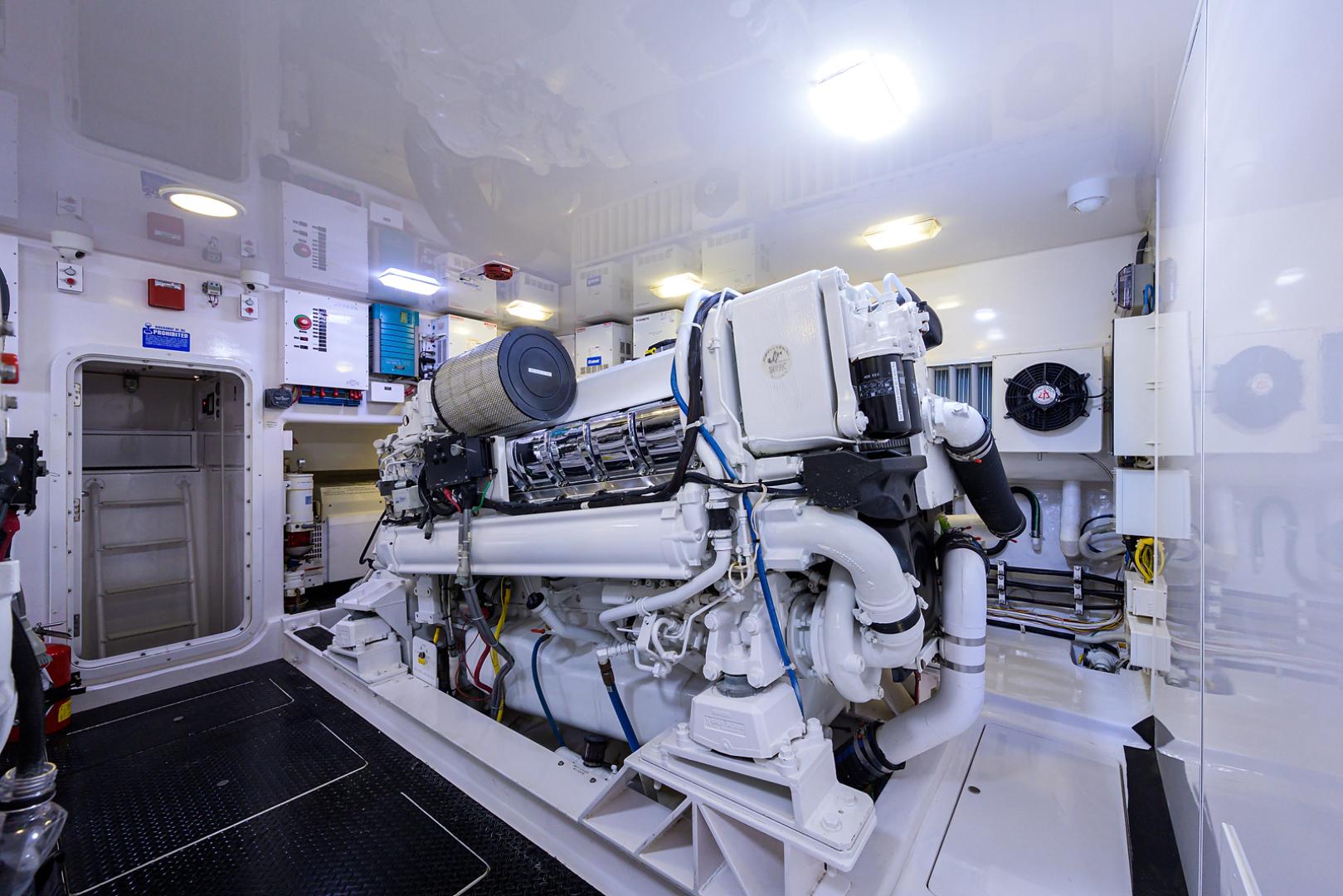 Viking-Convertible  2010-RITE ANGLER Stuart-Florida-United States-Engine Room-1601788 | Thumbnail