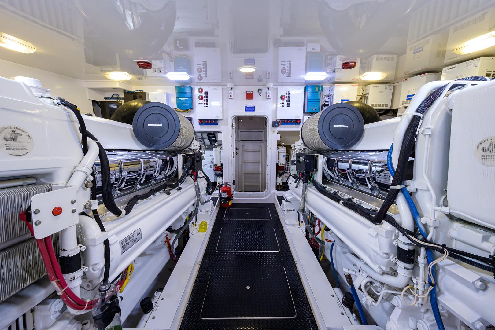 Viking-Convertible  2010-RITE ANGLER Stuart-Florida-United States-Engine Room-1601789 | Thumbnail