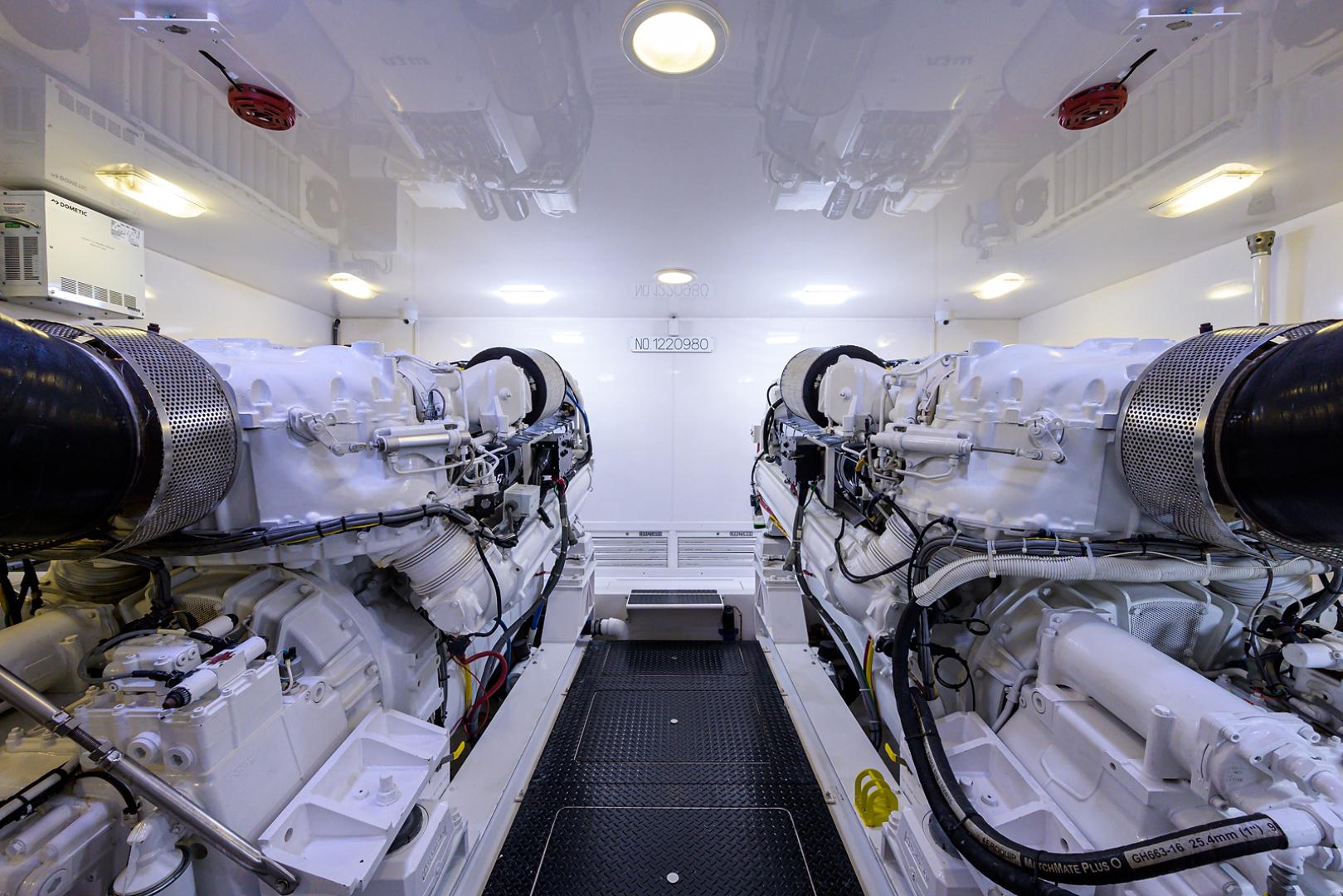 Viking-Convertible  2010-RITE ANGLER Stuart-Florida-United States-Engine Room-1601787 | Thumbnail