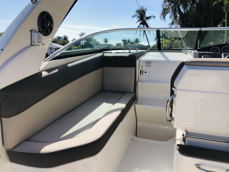 Sea Ray 2015-KREBUS Boca Raton-Florida-United States-Cockpit Looking Forward-1604821 | Thumbnail