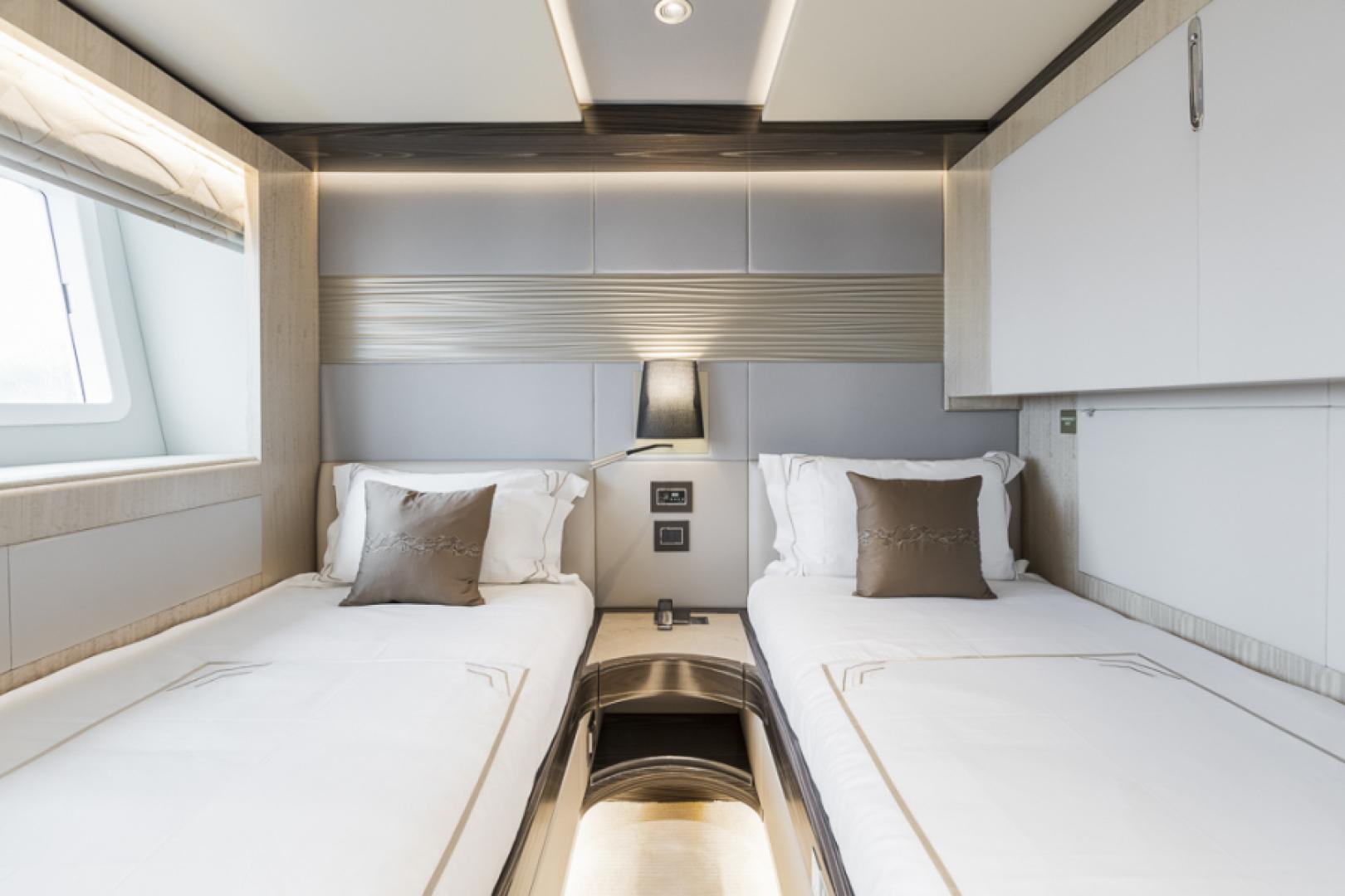 Majesty Yachts-Majesty 100 2022-MAJESTY 100 United Arab Emirates-Twin Guest Stateroom-1604964