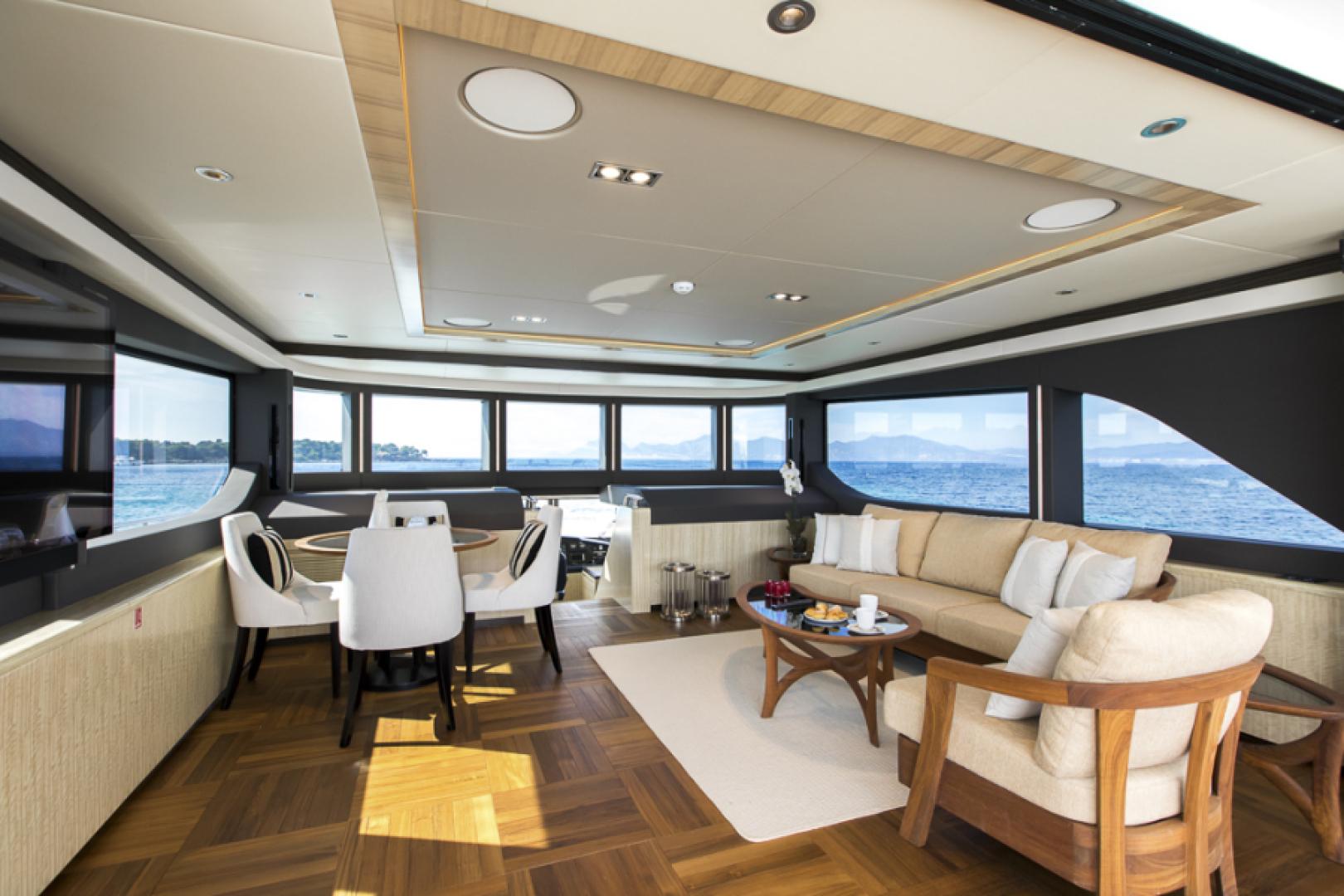 Majesty Yachts-Majesty 100 2022-MAJESTY 100 United Arab Emirates-Sky Lounge-1604956