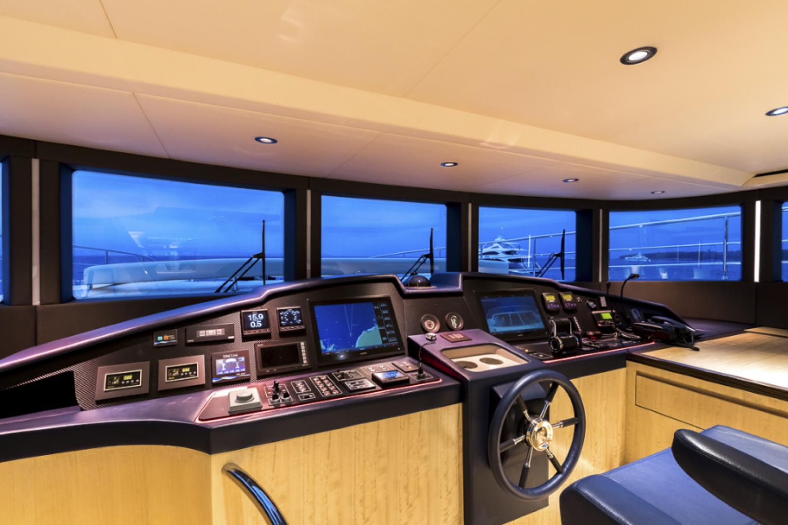 Majesty Yachts-Majesty 100 2022-MAJESTY 100 United Arab Emirates-Pilothouse-1604955