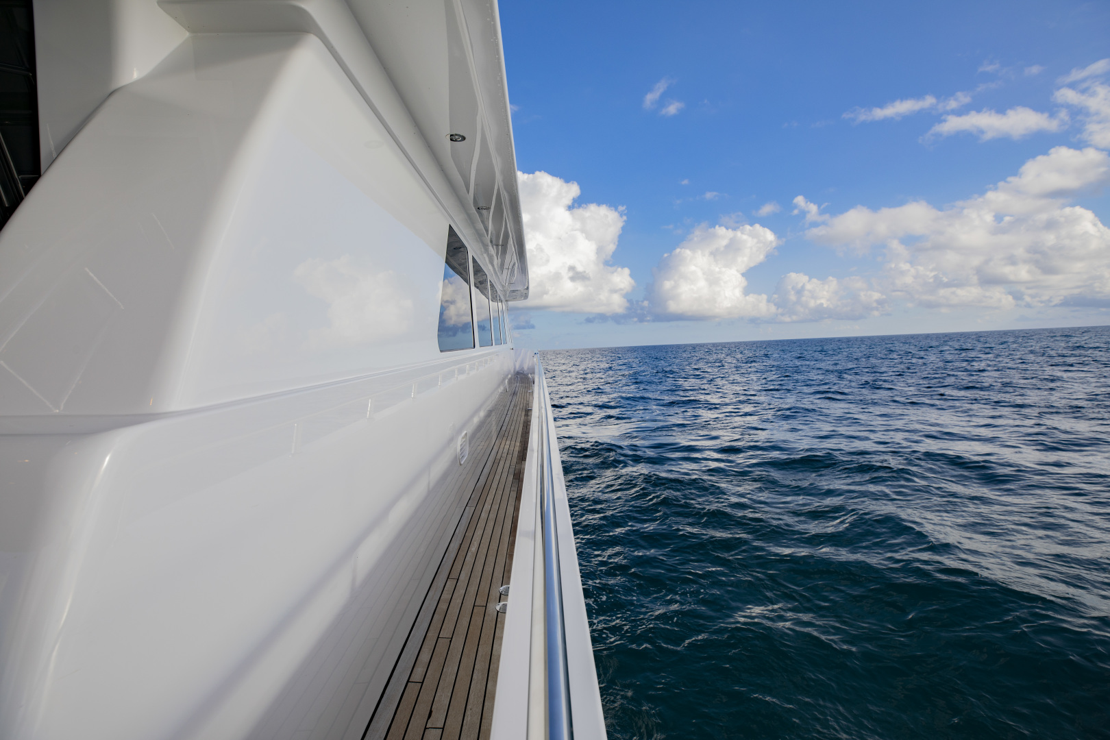 Hargrave-Raised Pilothouse 2002-FLY BOYS Fort Lauderdale-Florida-United States-Starboard deck-1627225 | Thumbnail