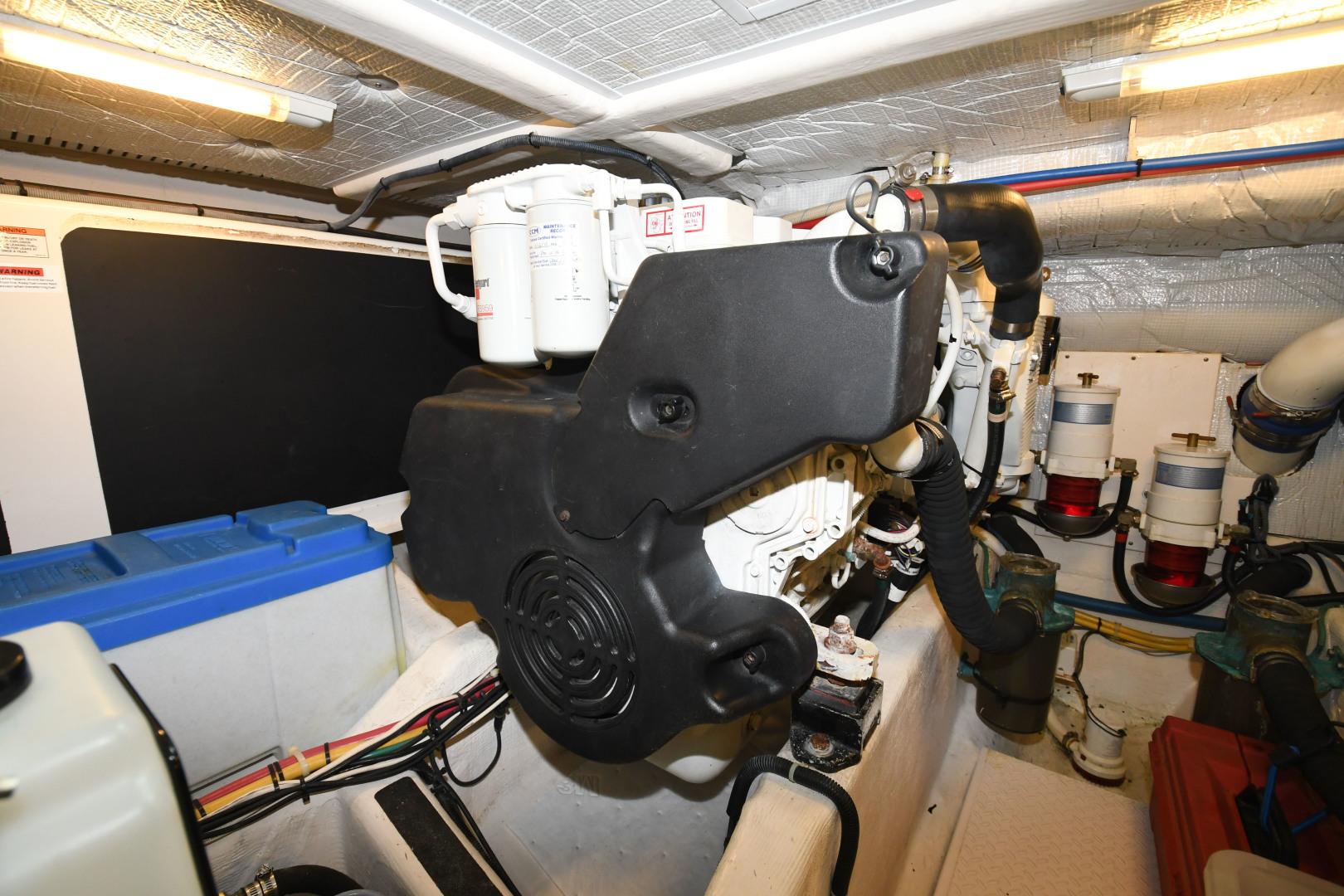Sabre-40 Express 2010-Impulse Treasure Island-Florida-United States-2010 40 Sabre Express  Impulse  Engine Room-1618646 | Thumbnail
