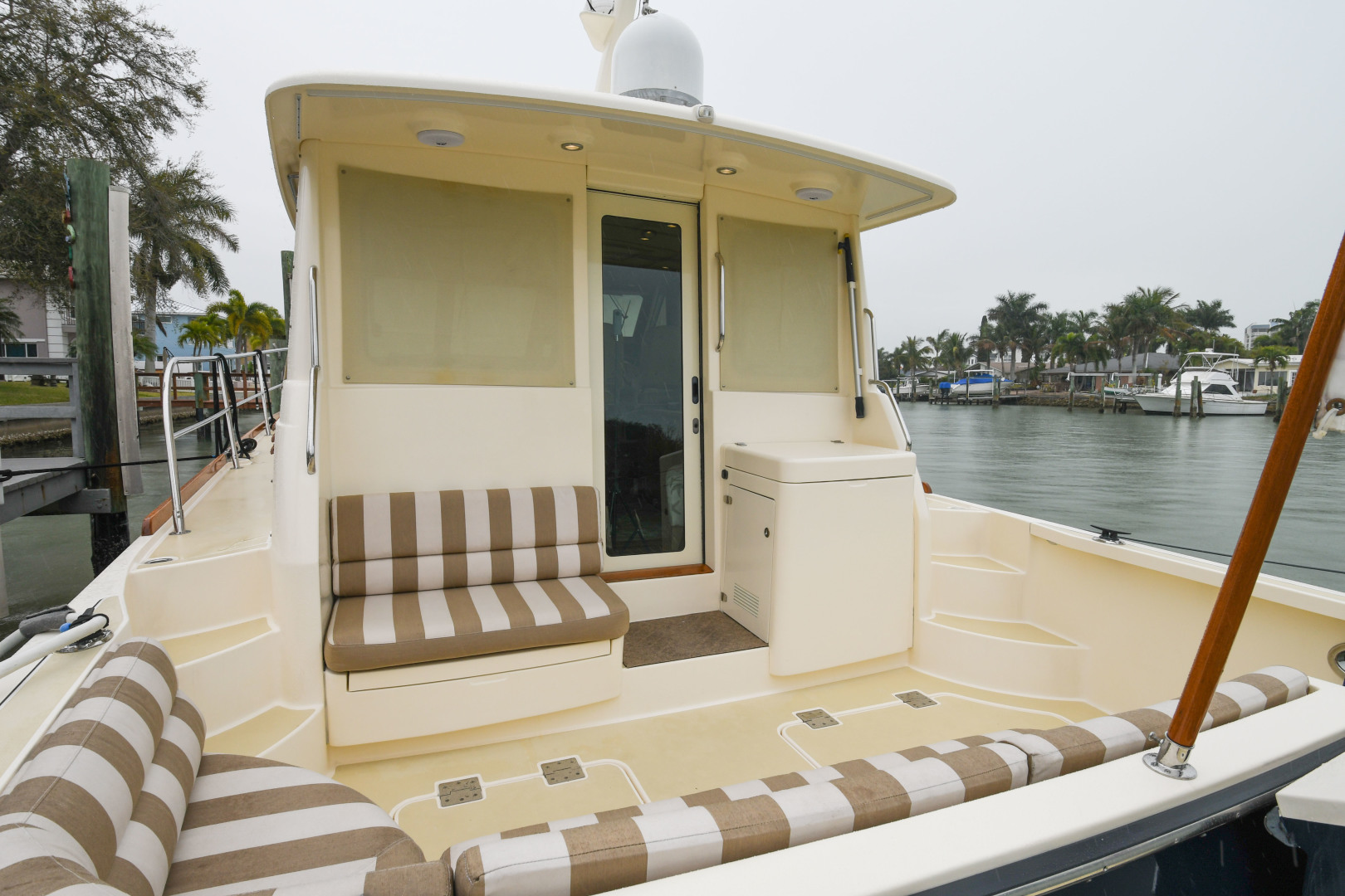 Sabre-40 Express 2010-Impulse Treasure Island-Florida-United States-2010 40 Sabre Express  Impulse  Cockpit-1618619 | Thumbnail