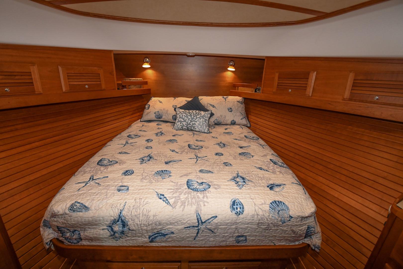Sabre-40 Express 2010-Impulse Treasure Island-Florida-United States-2010 40 Sabre Express  Impulse  Master Stateroom-1618638 | Thumbnail