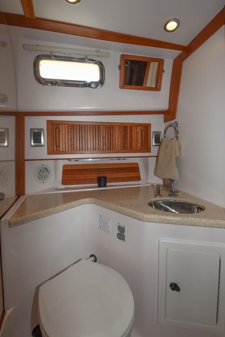 Sabre-40 Express 2010-Impulse Treasure Island-Florida-United States-2010 40 Sabre Express  Impulse  Head-1618642 | Thumbnail