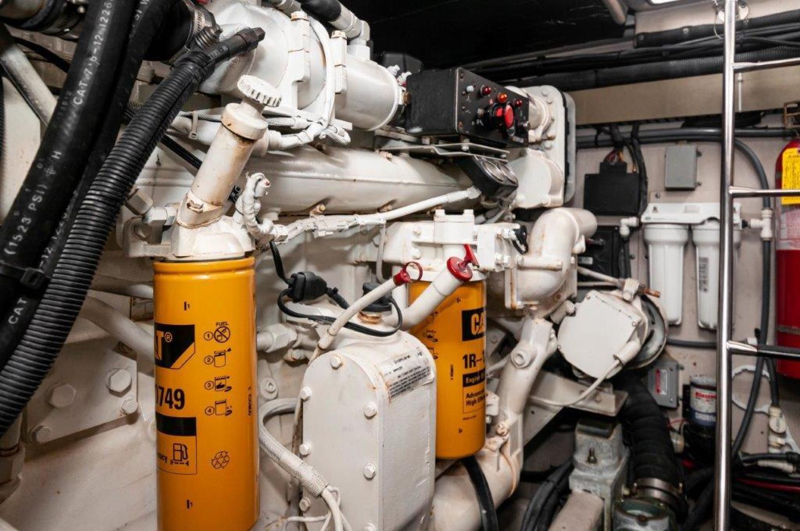 Sea Ray-58 Super Sun Sport 2002-Hammertime Orange Beach-Alabama-United States-2002 58 Sea Ray   Engine Room (2)-1613219 | Thumbnail
