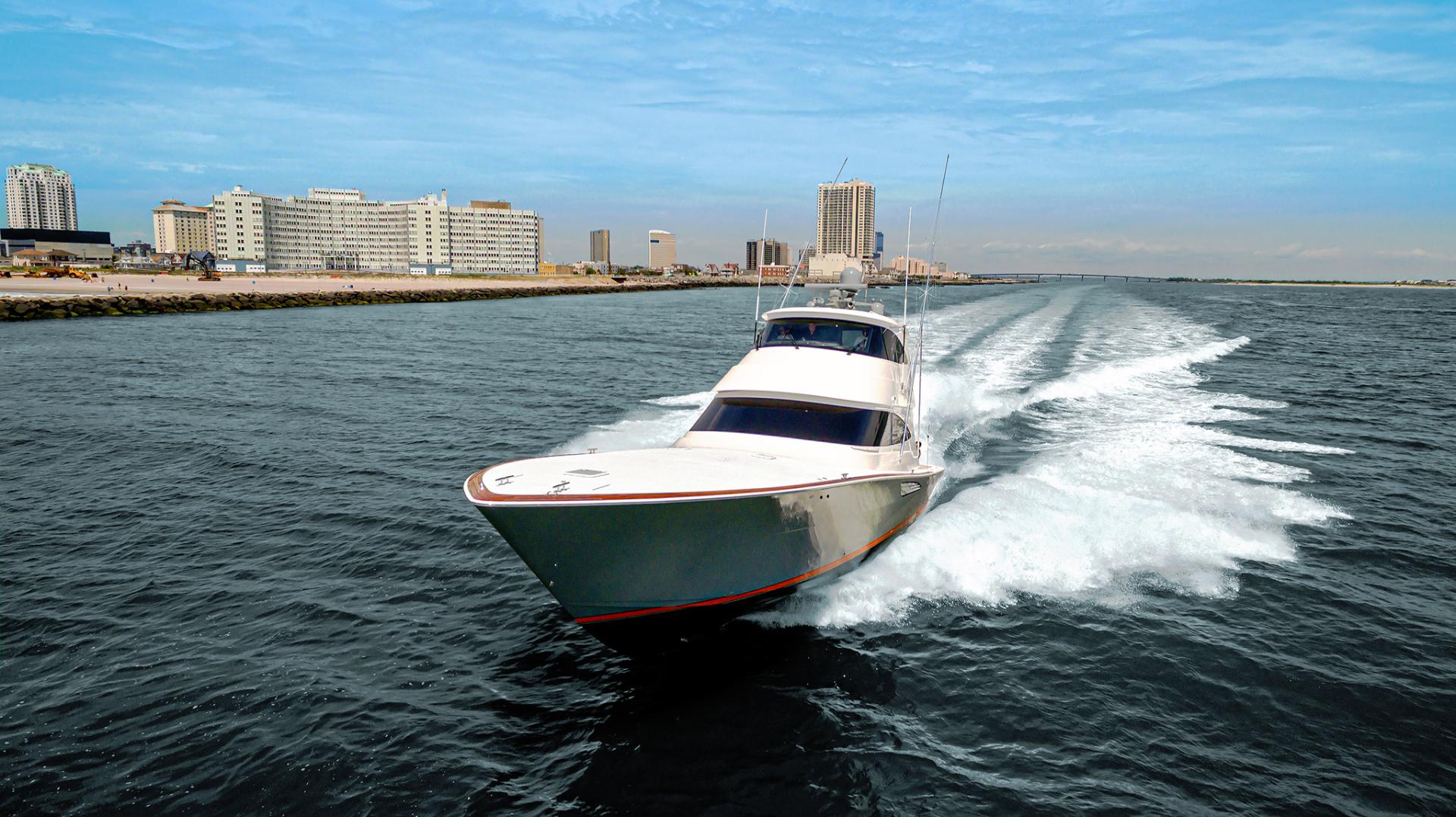 Viking 68 - Bow Profile