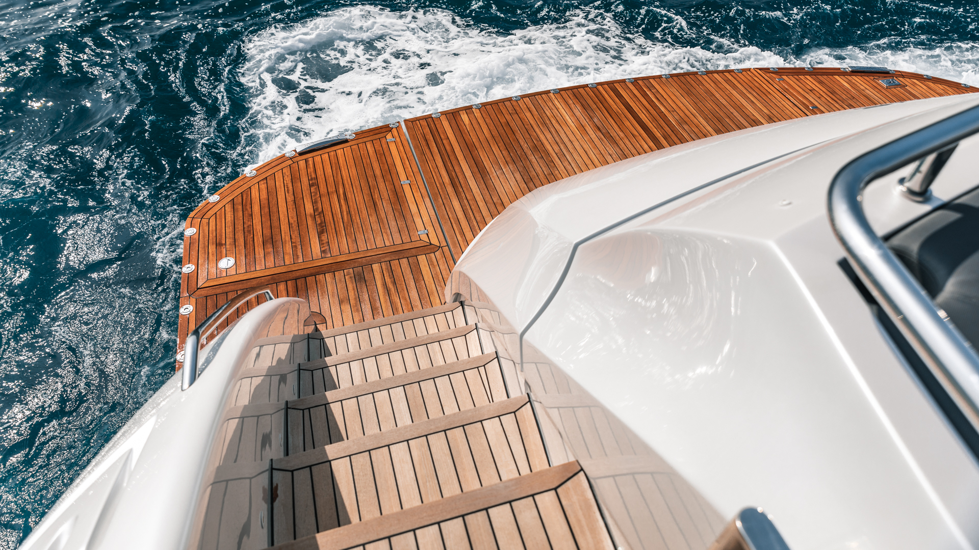 Pershing 2018-NAAV Fort Lauderdale-Florida-United States-Aft Deck -1614502