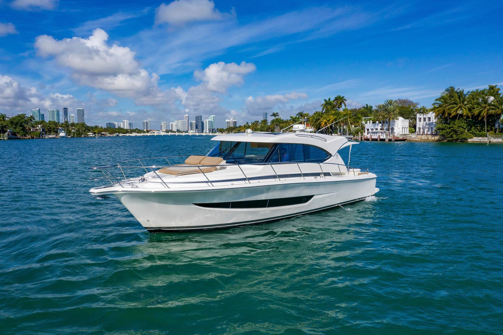 Riviera-395 SUV 2019-Ipanema Miami Beach-Florida-United States-1614864   Thumbnail