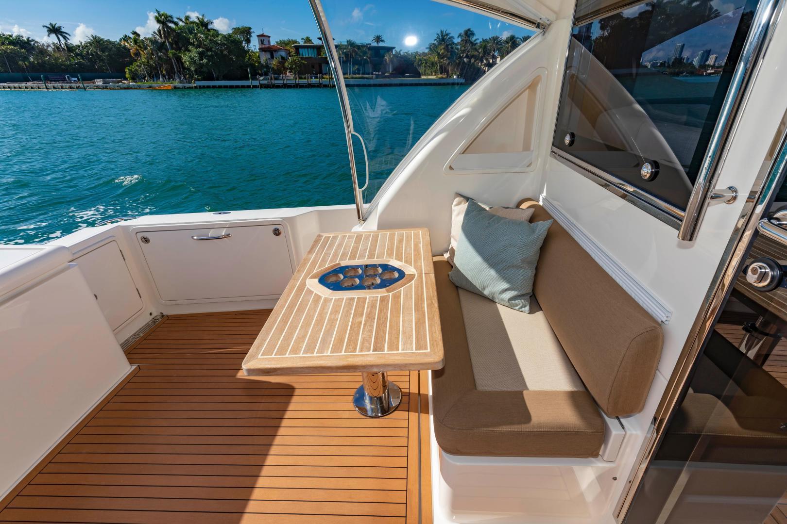 Riviera-395 SUV 2019-Ipanema Miami Beach-Florida-United States-1614887   Thumbnail