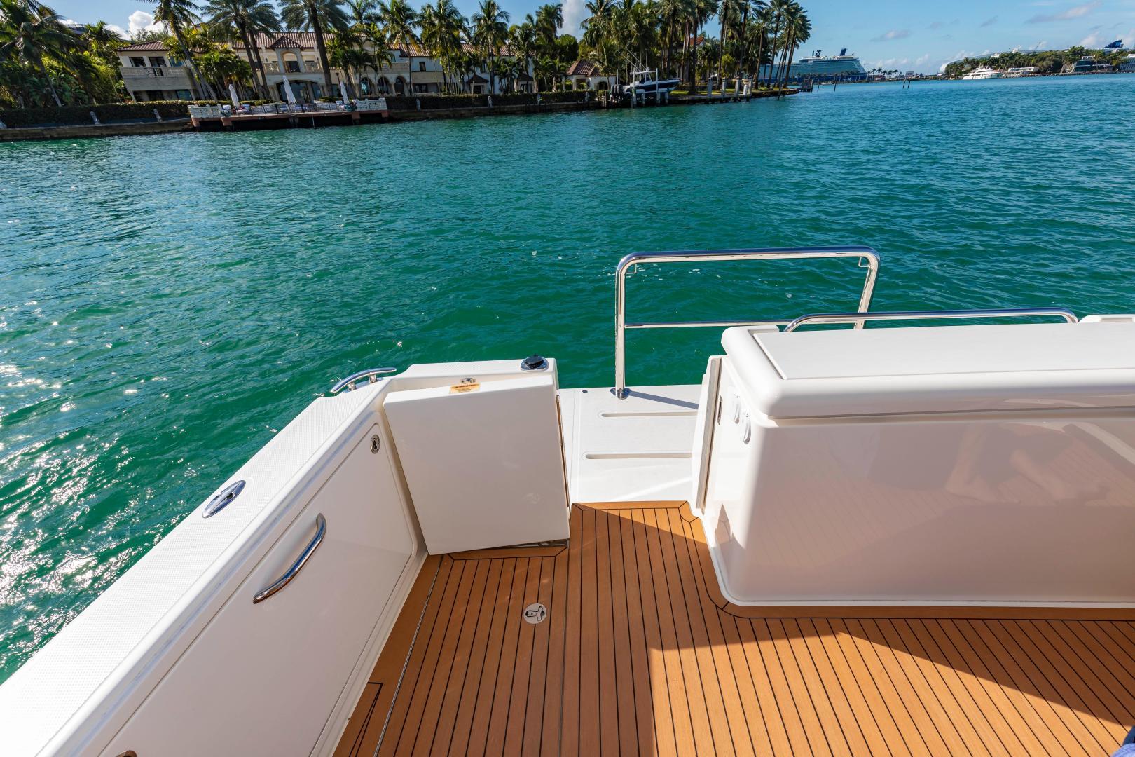 Riviera-395 SUV 2019-Ipanema Miami Beach-Florida-United States-1614893   Thumbnail