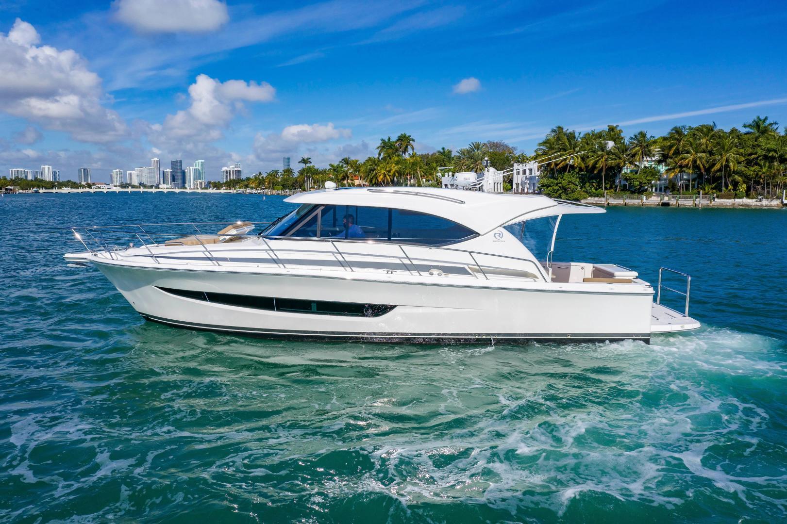 Riviera-395 SUV 2019-Ipanema Miami Beach-Florida-United States-1614875   Thumbnail