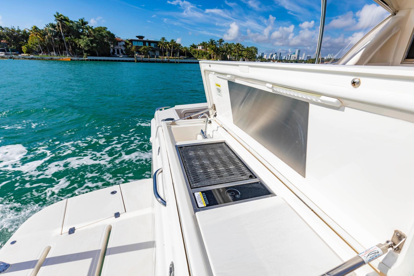 Riviera-395 SUV 2019-Ipanema Miami Beach-Florida-United States-1614895   Thumbnail