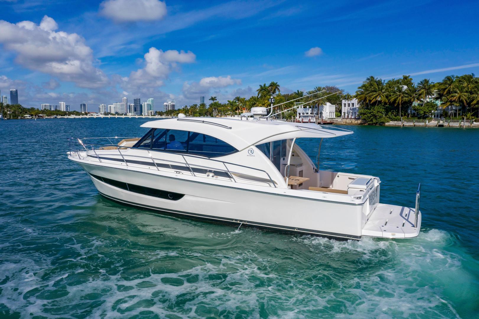 Riviera-395 SUV 2019-Ipanema Miami Beach-Florida-United States-1614874   Thumbnail